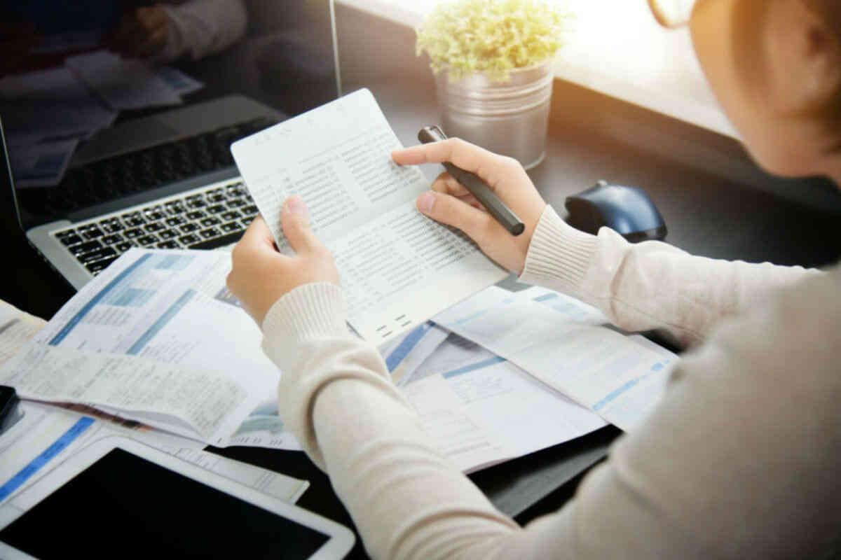 NISA口座の金融機関を変更すべき4つのケースと注意点
