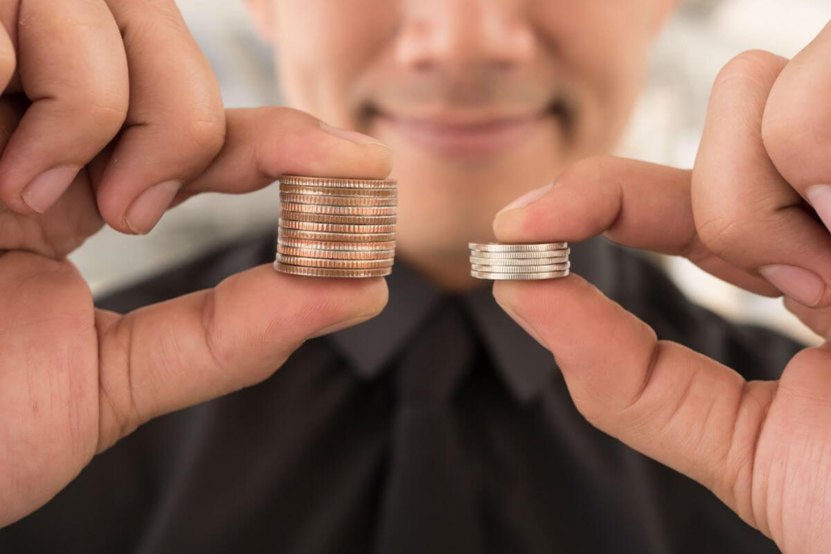 NISAを始めるなら楽天証券とSBI証券のどっちがいい?株式売買手数料、取り扱い銘柄数などで比較